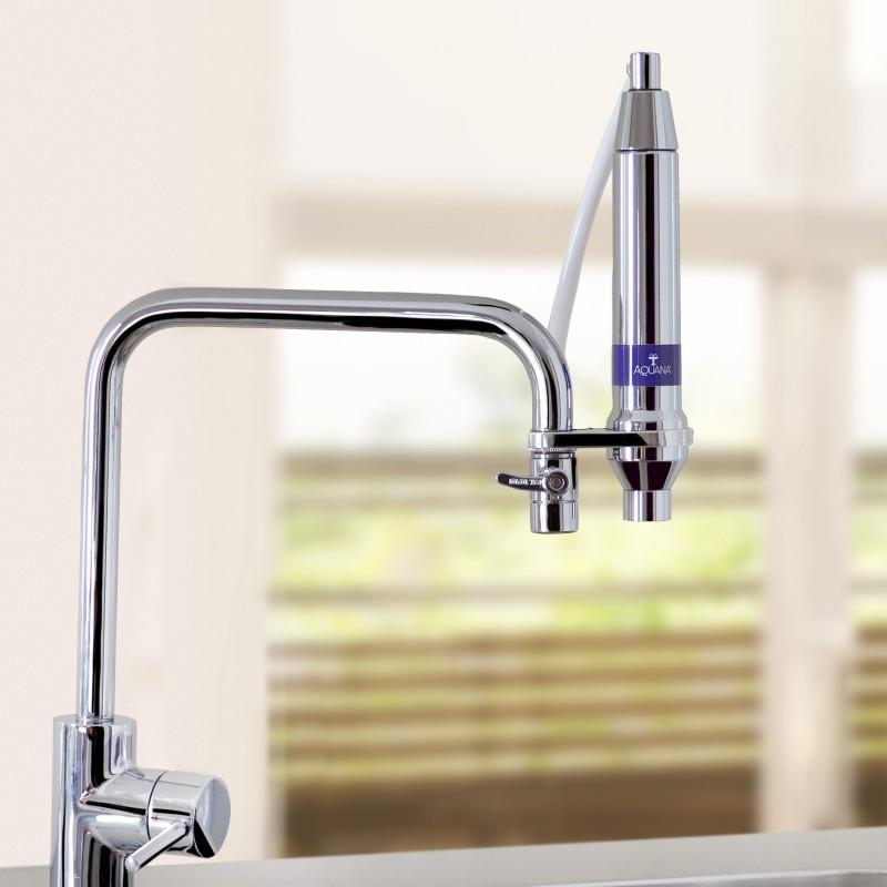 Frisches Wasser mit dem AQUANA Trinkwasserfilter
